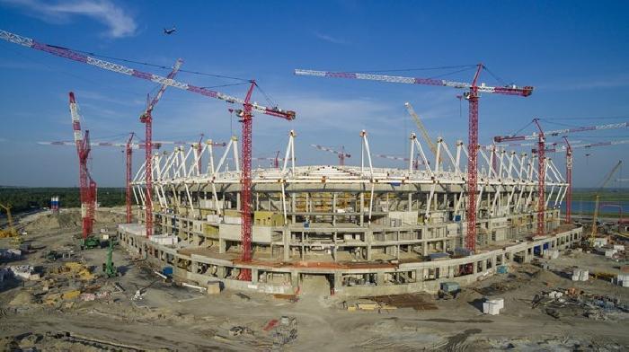 De werkomstandigheden van de bouw van WK 2018 stadions is onderzocht