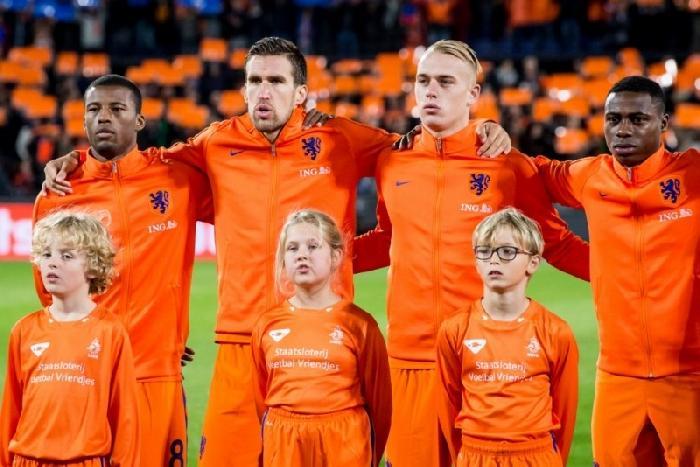 Nederland stijgt weer op de FIFA wereldranglijst terwijl Belgie zakt