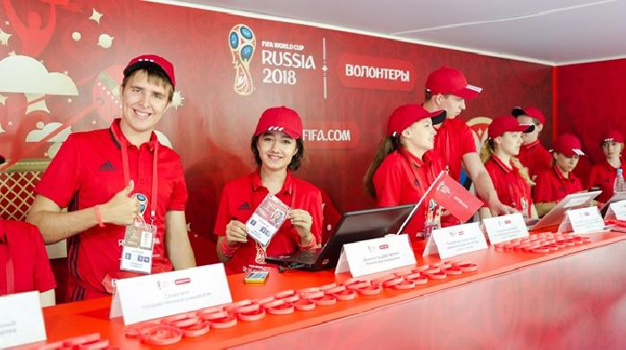 Vrijwilligersprogramma voor het WK 2018 bereikt de 100 000 aanmeldingen